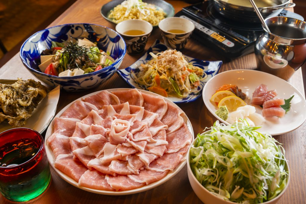 Akagaara Agu Shabu-Shabu is so superb that you will be addicted!(Ujidomari. Ginowan City)