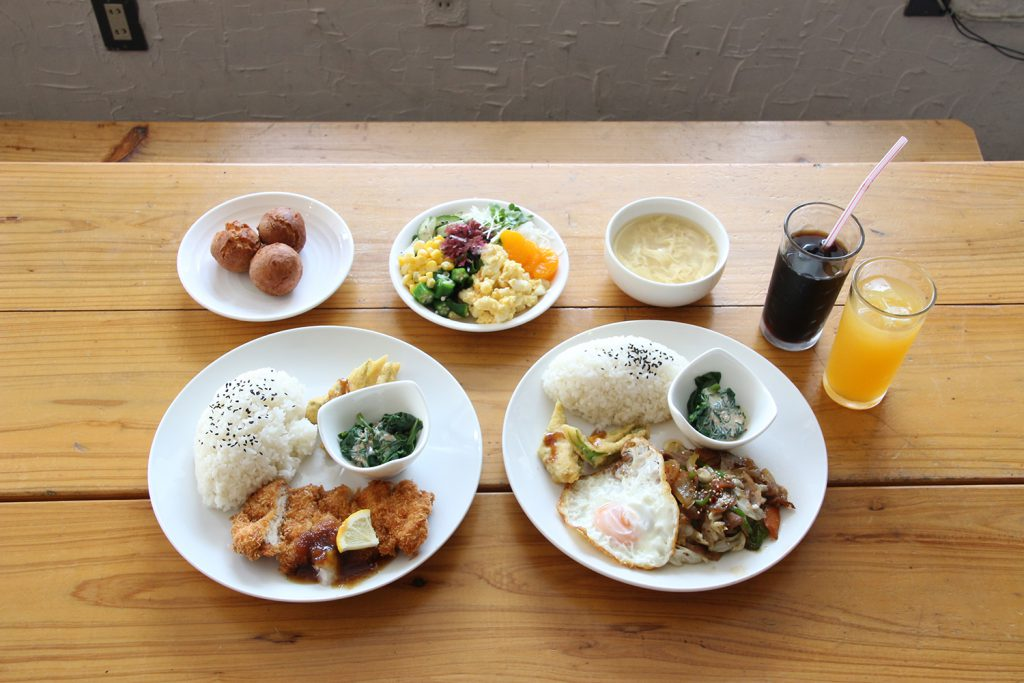 A folk Izakaya perfect for a weekend night!   Kitchen HANAGASA (Uehara, Ginowan City)