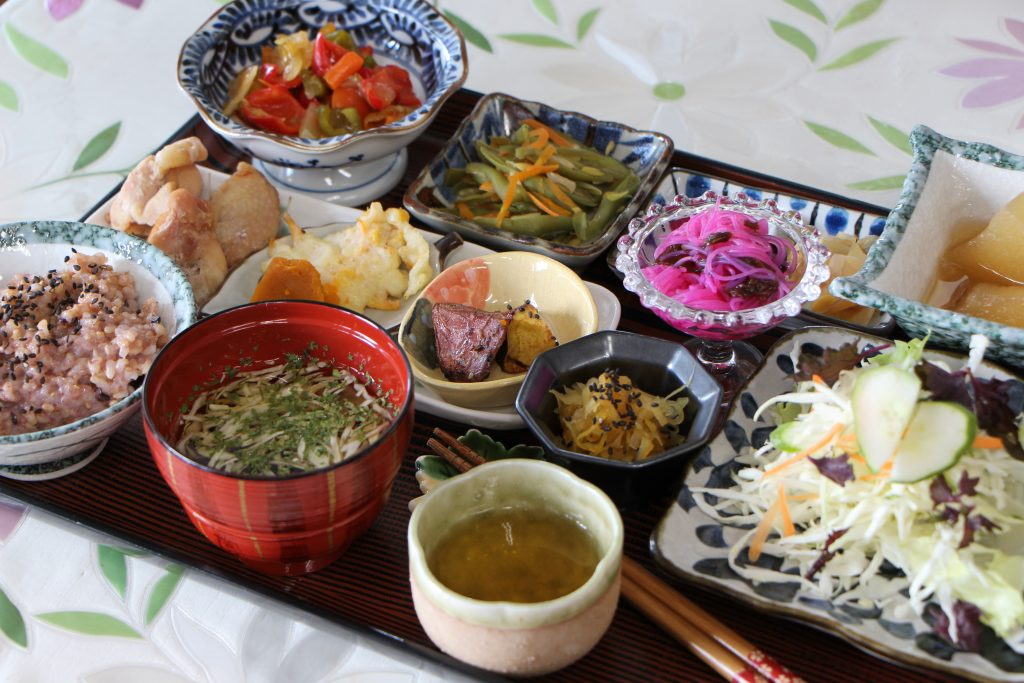 Daily meals that give you a healthy body and soul Healthy Cafe Thingara (Nodake, Ginowan City)