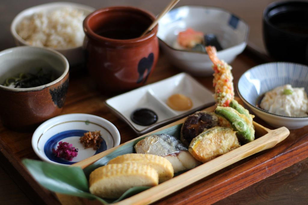 Conveniently enjoy genuine Japanese cuisine in a café space. Mati-cafe (Uchidomari, Ginowan City)