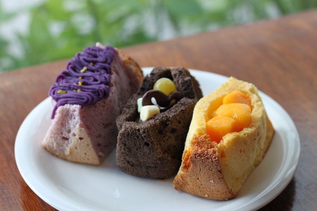 一番の人気商品はマンゴークリームシフォンケーキ
